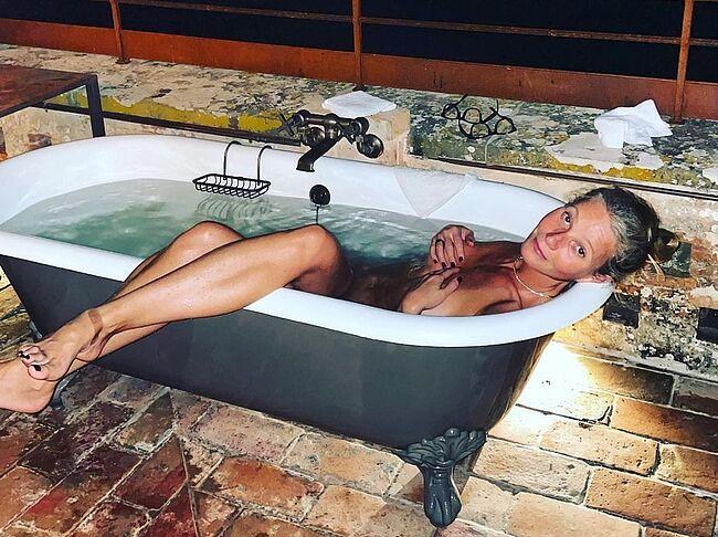 Gwyneth Paltrow nude photos