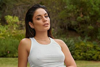 Vanessa Hudgens naked photos