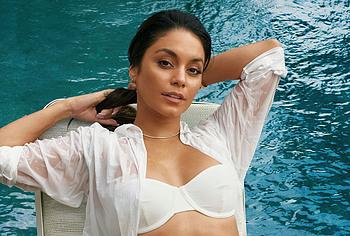 Vanessa Hudgens nude photos